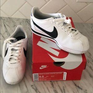 Nike Cortez sneakers 8.5